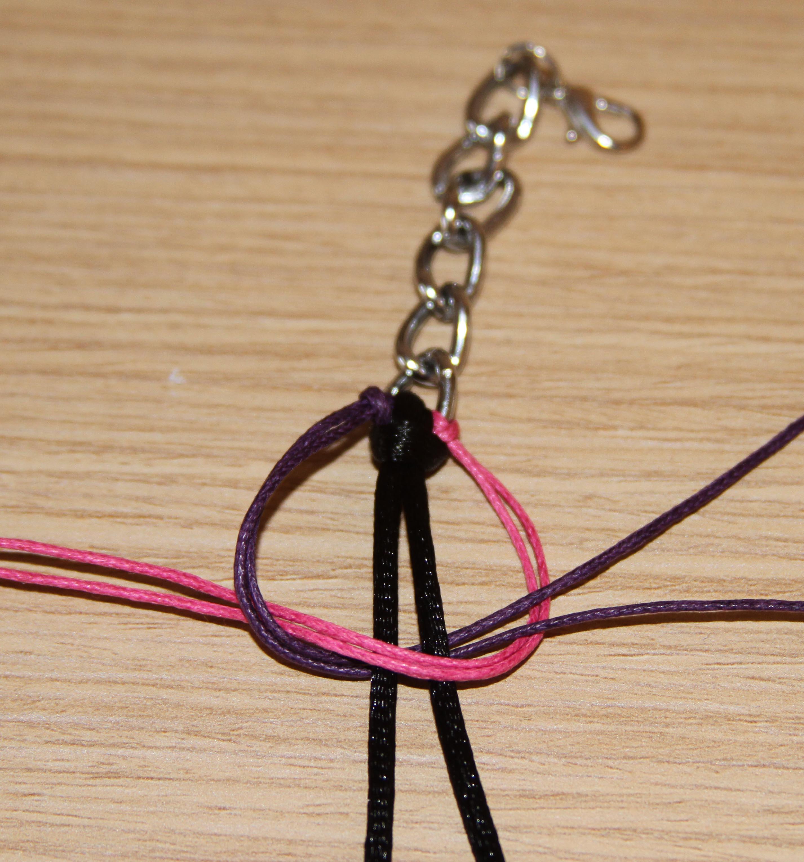 6002e961d4a1 Cómo hacer una pulsera de trenza y de cadena paso a paso – Manetes Bones