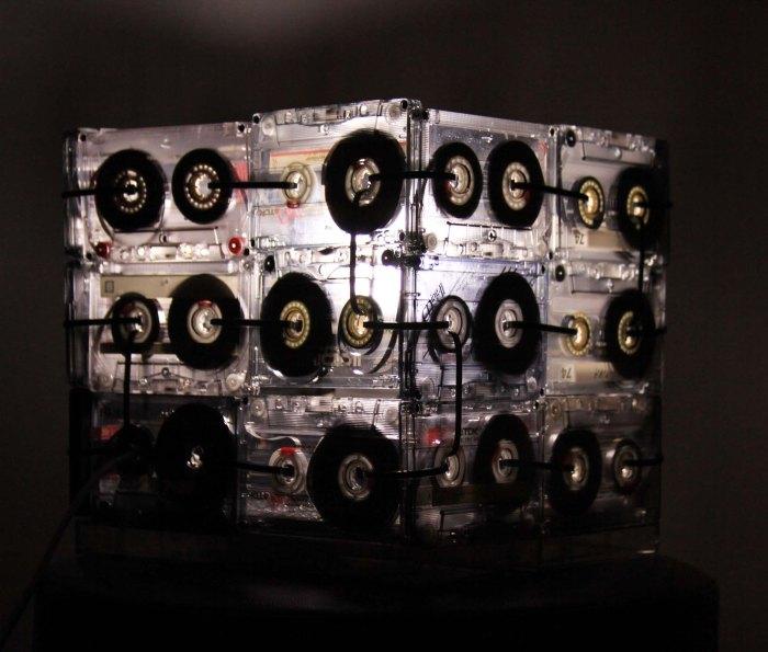 cassette lamp. Lampar con cassettes