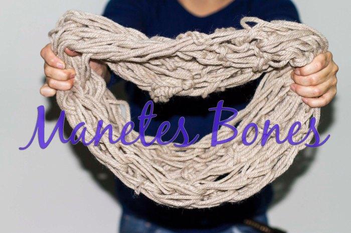 Bufanda tejida con las manos