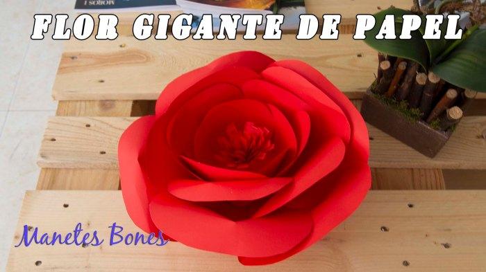 Flor gigante de papel